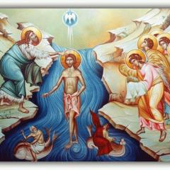 Читаем заговоры на богатство с помощью крещенской воды