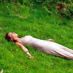 Медитация для наполнения женской энергией - важные источники