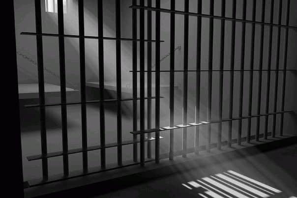 К чему снится если вас посадили в тюрьму?