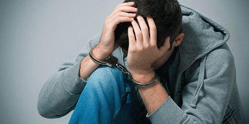 К чему снится сон, что вас посадили в тюрьму?