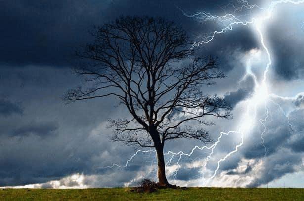 К чему снится гроза с молнией?