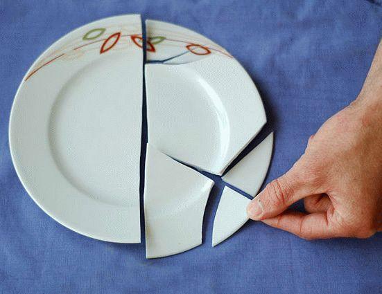 Что может означать примета разбитой тарелки