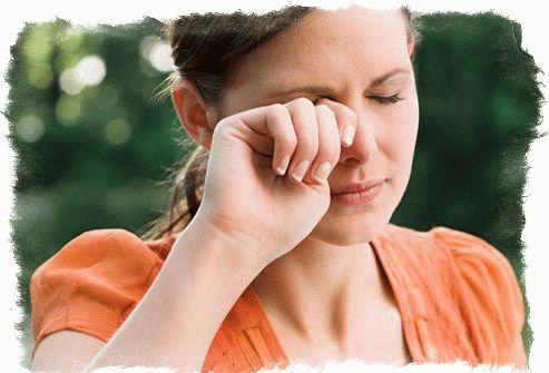 Примета: к чему чешется правый глаз по дням недели