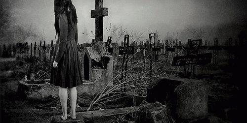 Сонник к чему снится кладбище во сне