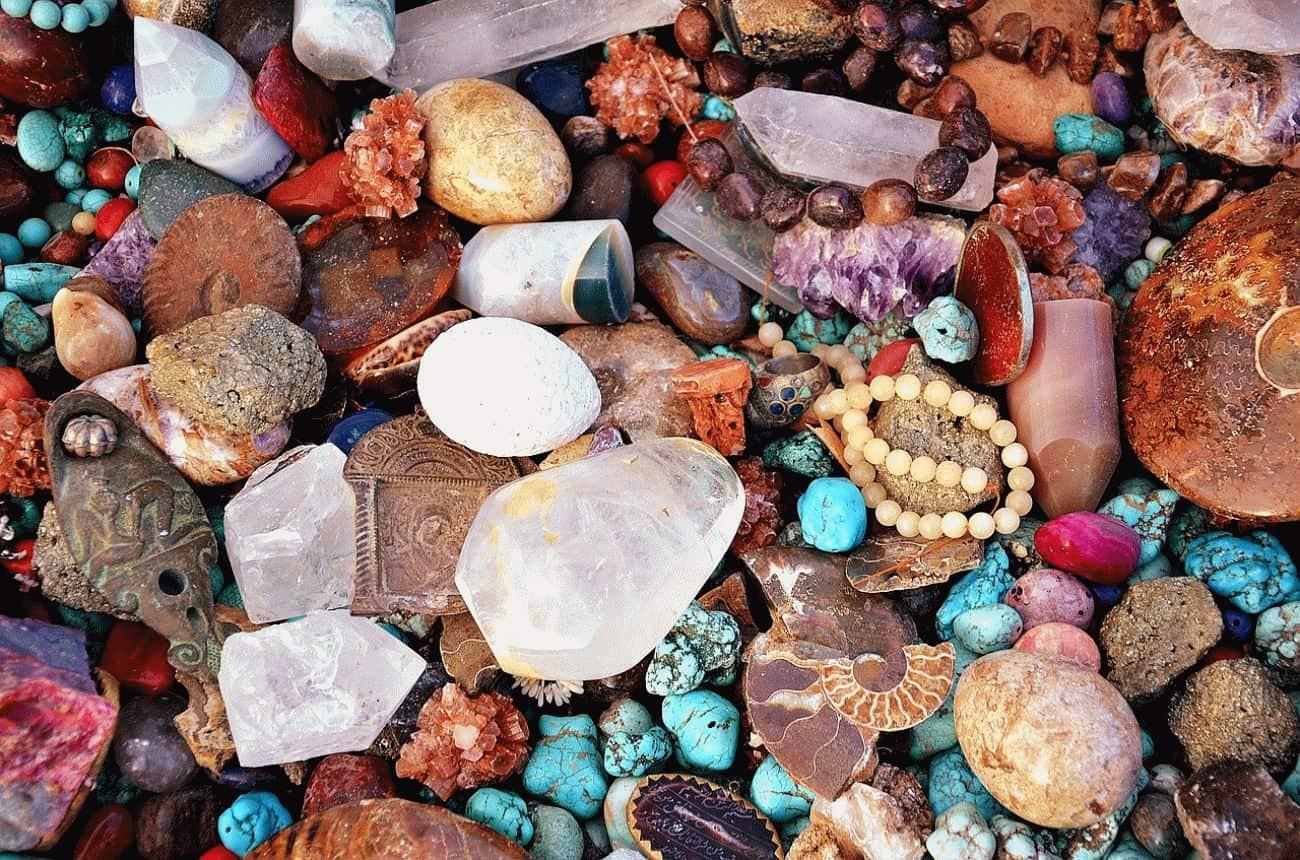 Амулеты и камни от сглаза и порчи