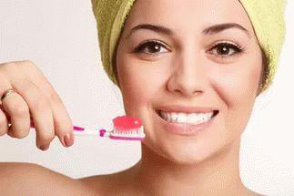 К чему снится чистить зубы по соннику