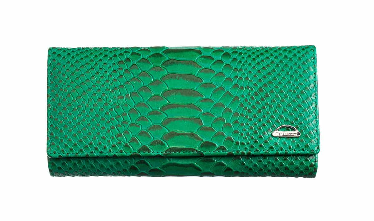 идеальный цвет для кошелька - зеленый