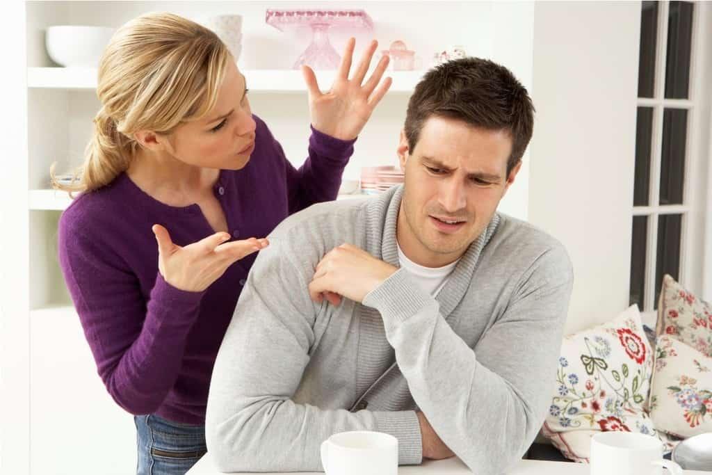 Какими симптомами обладает сглаз у взрослых людей