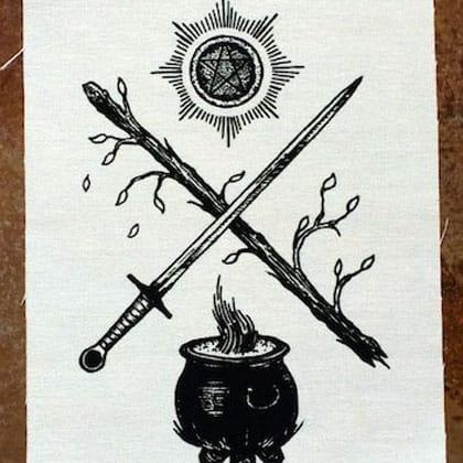значение таро шестерка мечей