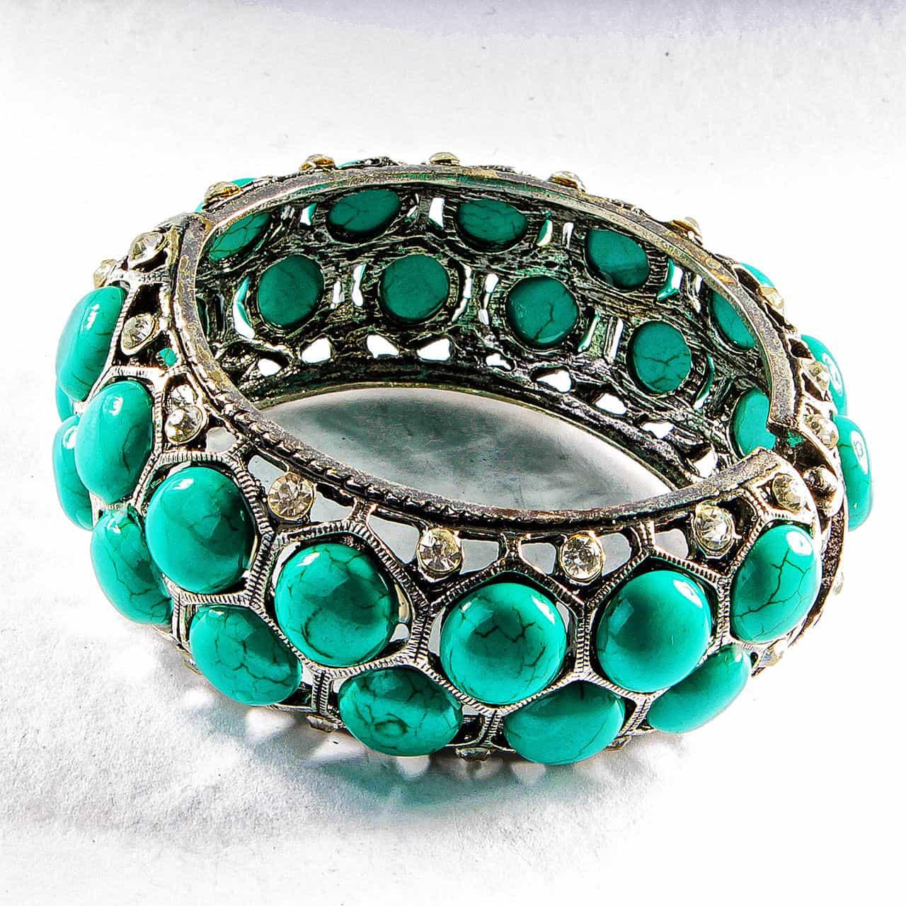 браслет с зелёной бирюзой