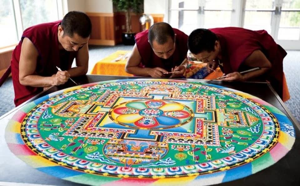 мандалы тибетских монахов