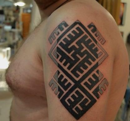 татуировки с кельтскими рунами
