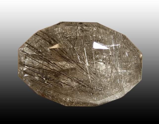 горный хрусталь - камень волосатик
