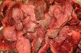 Снится процесс употребления мяса: толкуем по различным сонникам