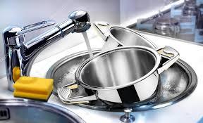 Посуда под краном