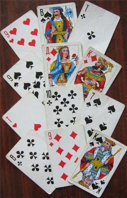 Гадания раскладка на три карты гадание на один день на картах таро