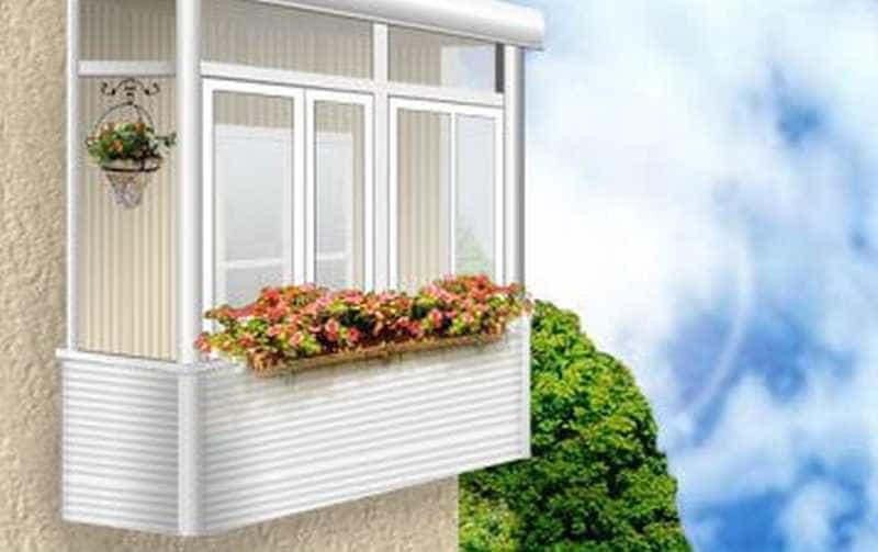Почему приснился балкон: как узнать трактование по сонникам