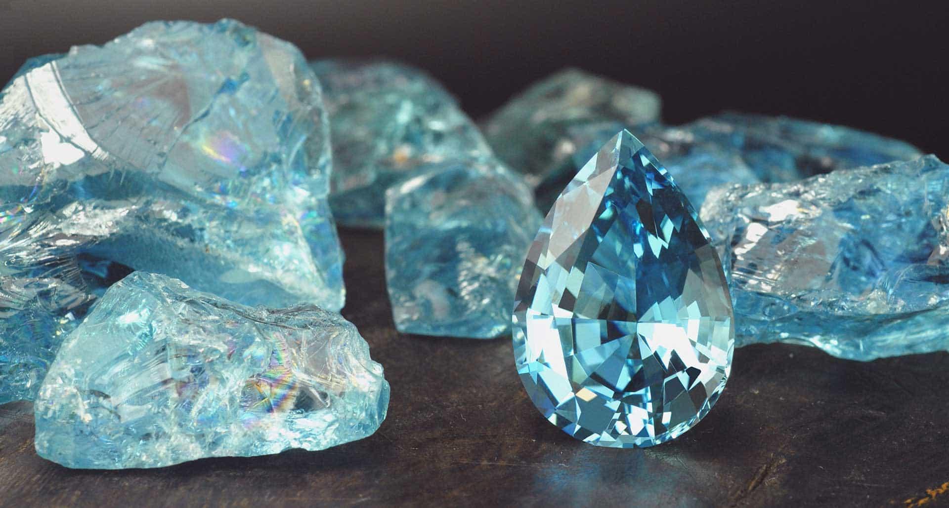 драгоценные голубые камни