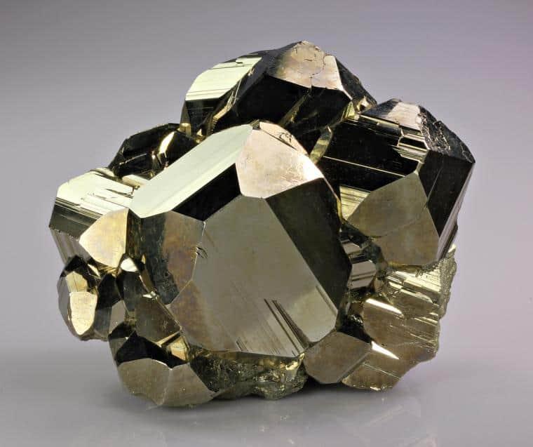 Камень пирит - применение в целительстве и магии