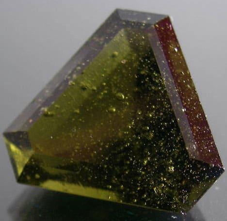 влтавин - камень из Чехии