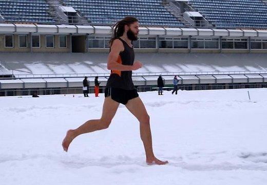 К чему снится ходить по снегу босиком по сонникам и с точки зрения медицины
