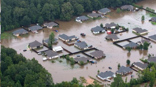 Приснилось наводнение — нюансы толкования по разным сонникам