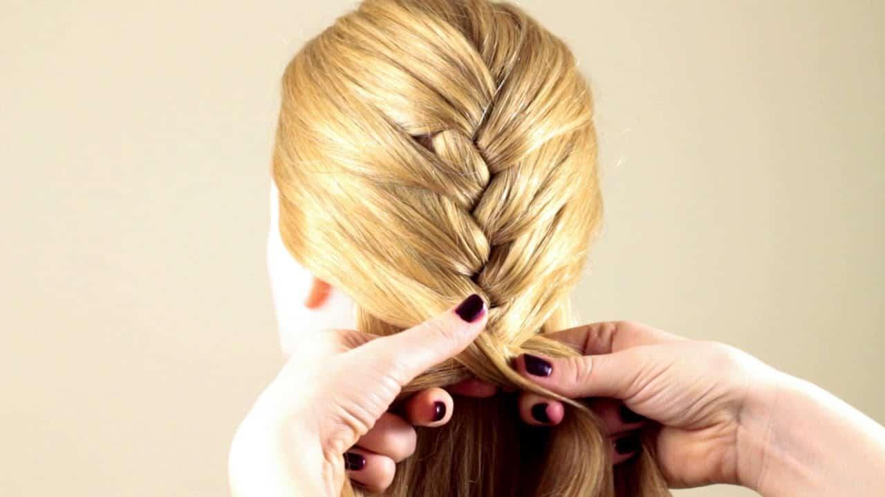 Приснилось что заплетаю косы: толкование по разным сонникам
