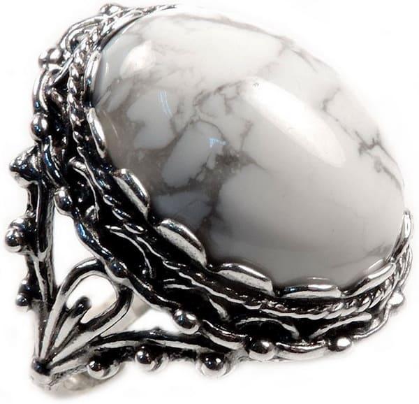 говлит - камень знаков земли