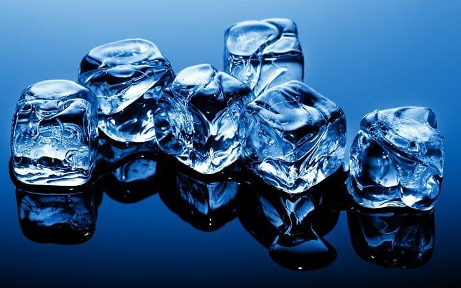 Синий фон со льдом