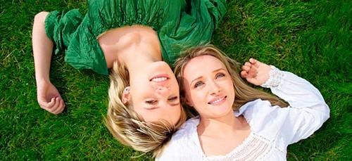 Приснилась двоюродная сестра — как правильно толковать сон