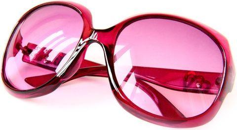 розовые очки дают не лучшую картину мира