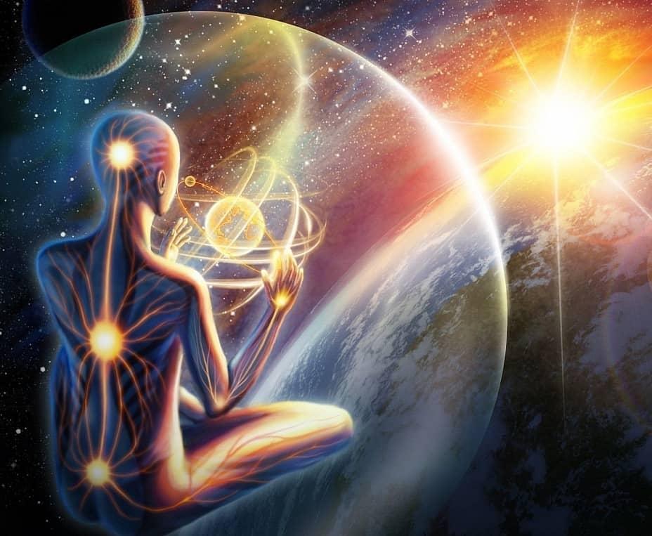 Космос очень сильно влияет на жизнь человека