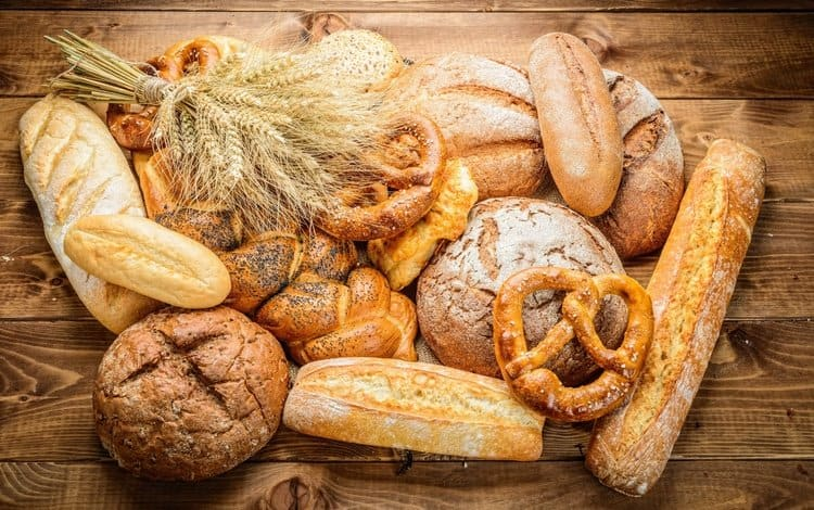 Разные виды хлебных изделий