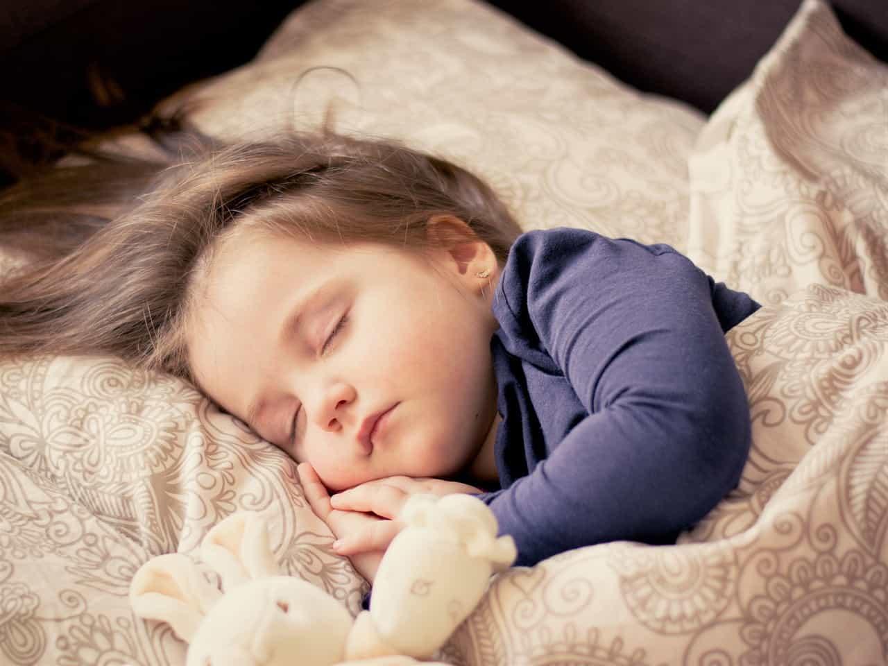 видеть во сне дольную дочь также другие