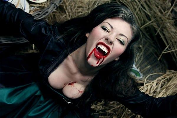 Кровь на лице