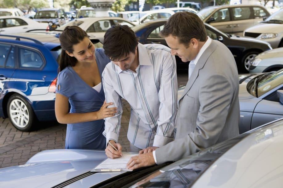 Приснилось что покупаю машину — нюансы толкования по сонникам