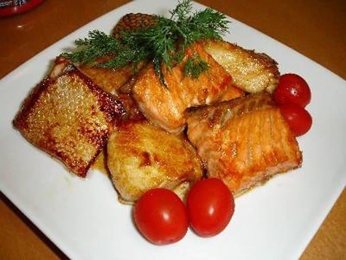 Приснилась жареная рыба — толкуем по популярным сонникам