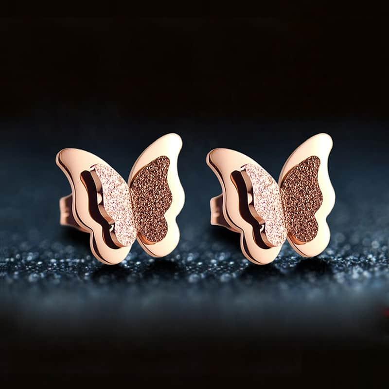 стильные золотые серьги-бабочки