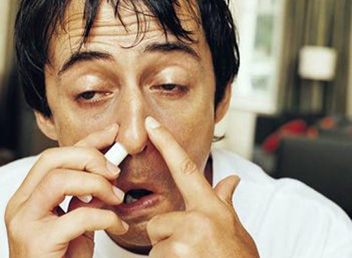 Заложенный нос у мужчины