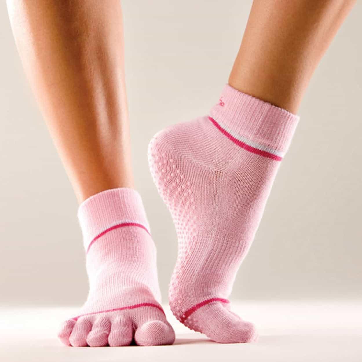 Розовые носочки