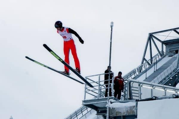 Прыжок с лыжами