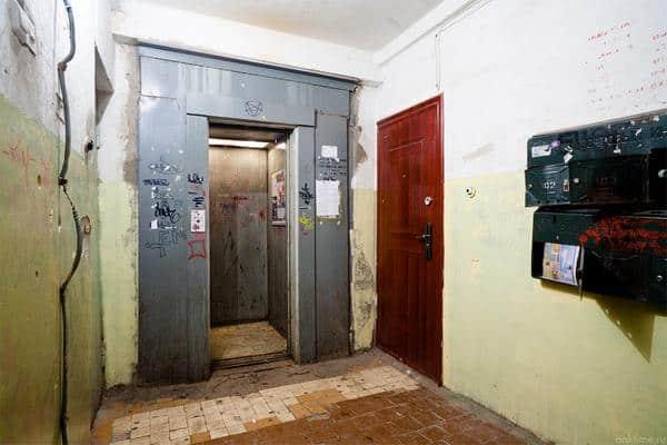 Старый лифт
