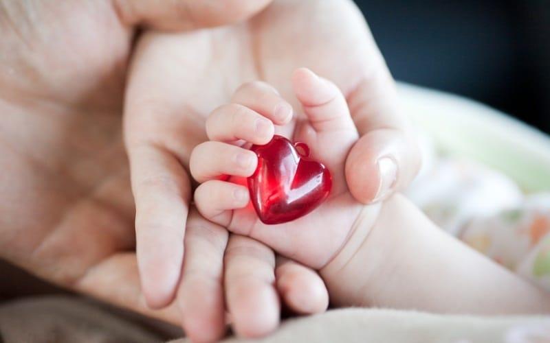 Что означает маленький ребенок во сне для тех, кто ищет любви
