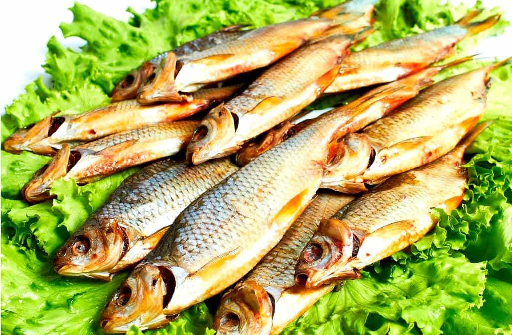 Готовая рыба в салате