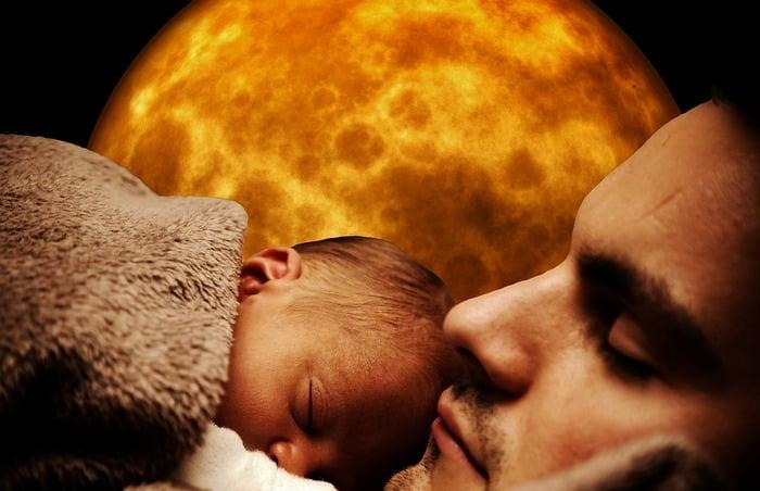 Посчастливилось увидеть во сне папу — обратите внимание на его настроение