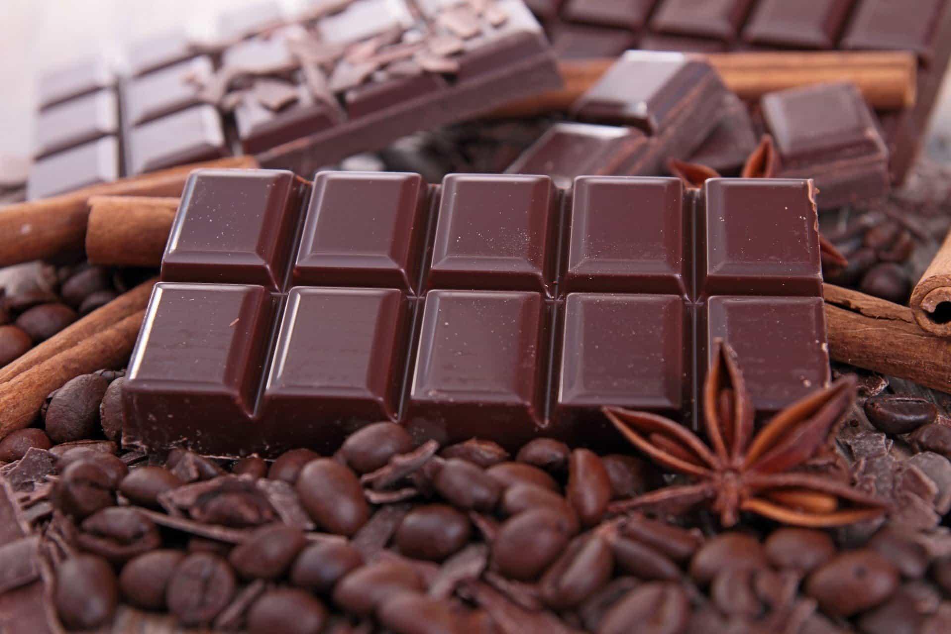 Черные шоколад