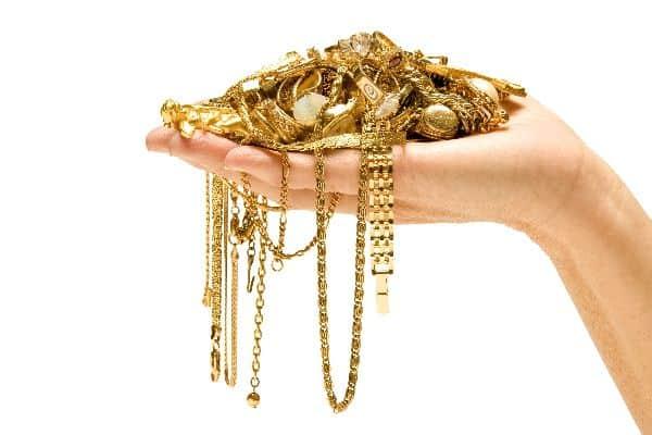 гороскоп кчему снится золото согревание последующее