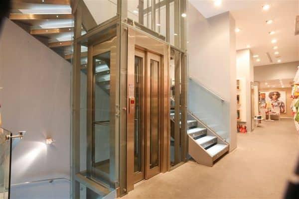 Прозрачный лифт