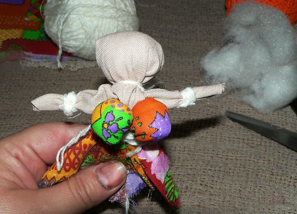 Куклы-обереги своими руками: пошаговая инструкция