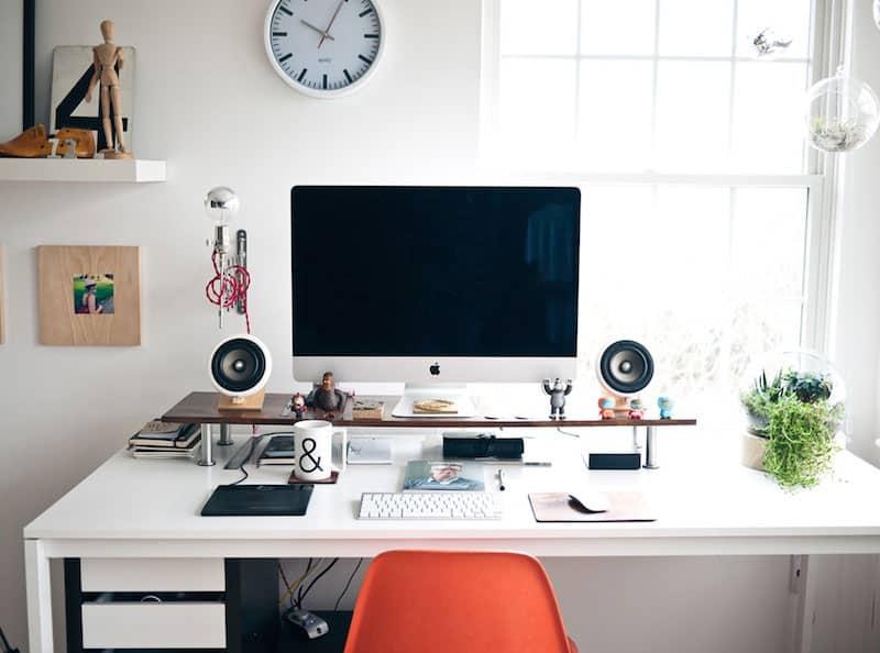 Рабочий стол по фен шуй для привлечения денег